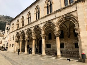 Seeing and exploring the old town of Dubrovnik