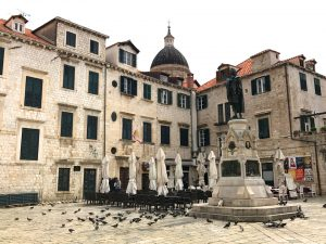 Explore and enjoy the urabinistic style of Dubrovnik